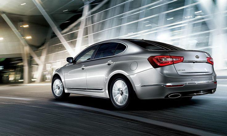 Kia Cadenza Premium Luxury Car in Bright Silver