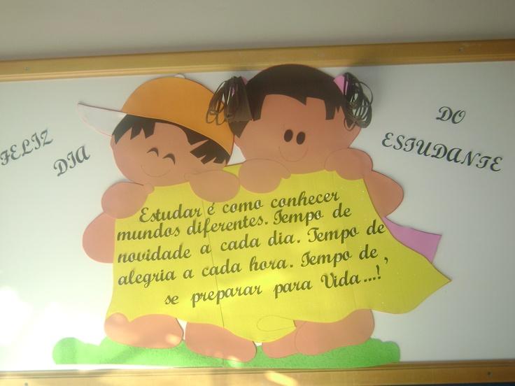 Mural volta ás aulas                                                                                                                                                      Más