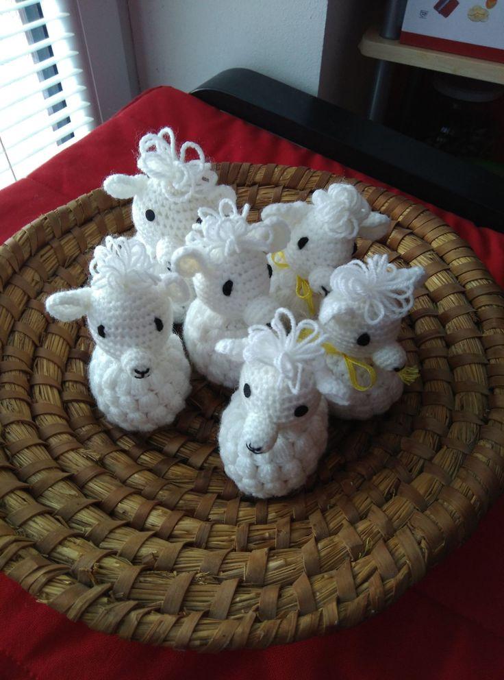 Beránek - obal na vajíčko - Ručně háčkovaná velikonoční dekorace.    vavavu