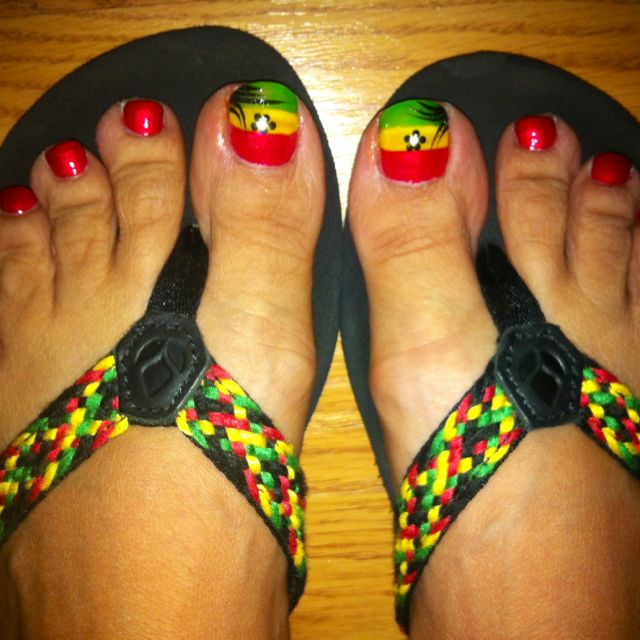 My awesome Jamaican pedi!  Everyone loved them even in Jamaica.