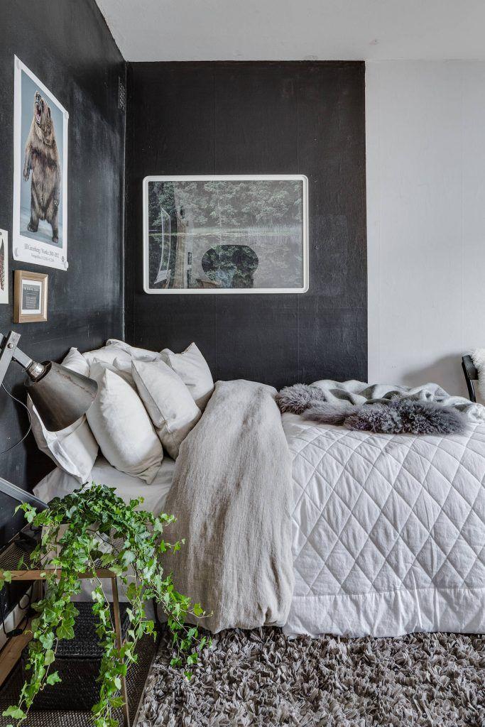 Slaapkamer in woonkamer van een eenkamerappartement van 35m2