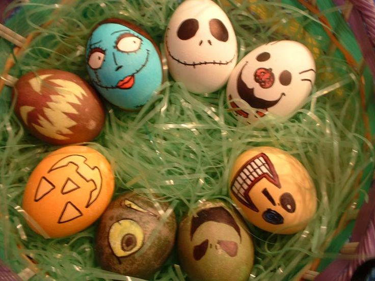 Halloween Eggs. The Nightmare Before Christmas. Avery would love this!