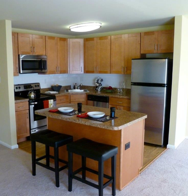 Brand new kitchens at the metropolitan west chester with stainless steel appliances.  yourmetropolitan.com/westchester