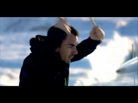 30 SECONDS TO MARS - A BEAUTIFUL LIE.  Everyone's looking at me.  I'm running around in circles (plagued with). A quiet desperation's building higher, I've got to remember this is just a game.