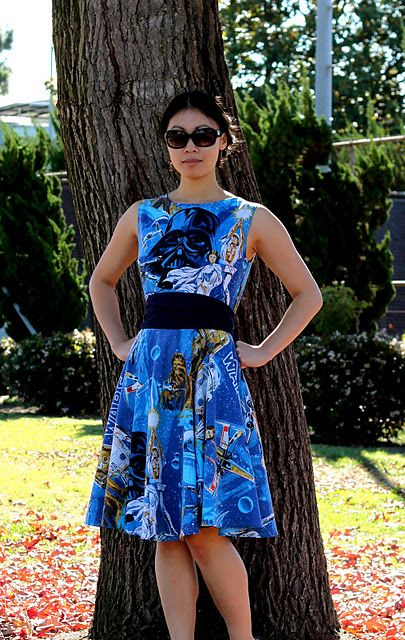 Star Wars dress out of a bed sheet.   YES PLEASE!!  (Kind of a how-to, with pattern #)