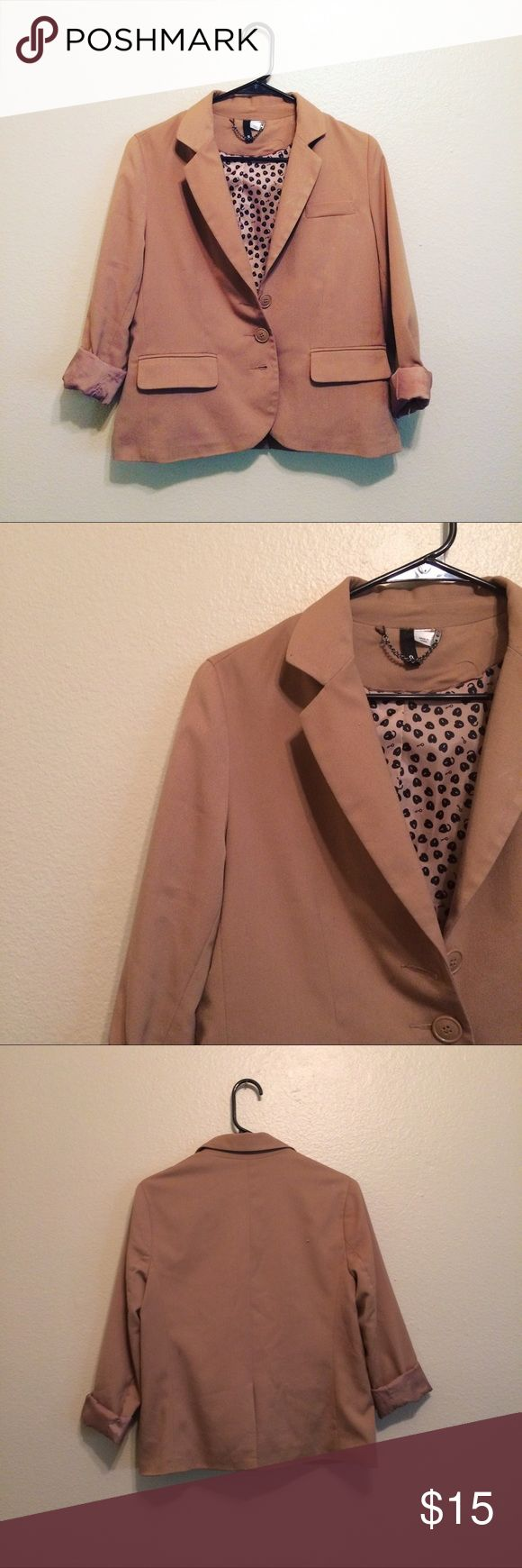 H&M Camel Blazer Perfect blazer to sharpen any outfit! I need everything gone so I will accept all reasonable bundle offers :) H&M Jackets & Coats Blazers