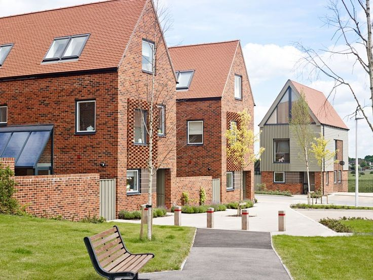Horsted Park is a community development of highly innovative homes designed by Proctor Matthews Architects inspired by Kentish villages and farmstead hamlets. These homes are equally close to dynamic Chatham and historic Rochester, and offer breathtaking views over the Medway countryside.