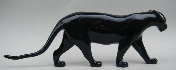 resines-laquees-panthere-noire-de-pompon
