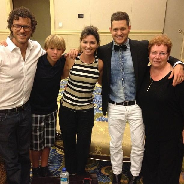 Shania backstage at a recent Michael Buble concert, along with her husband, son and former manager Mary Bailey.