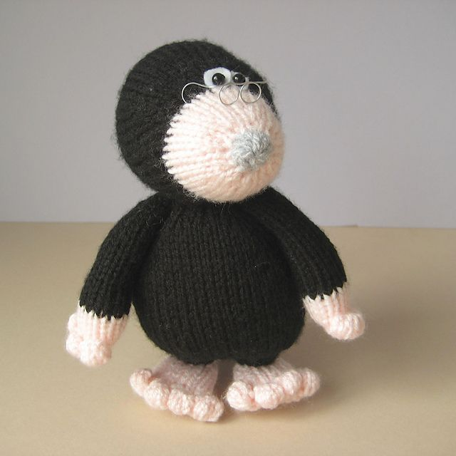 Milton the Mole by Amanda Berry. (Pattern available to purchase).