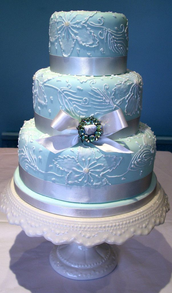 winter wedding cakes blue winter wedding cake winter wedding ideas 27557