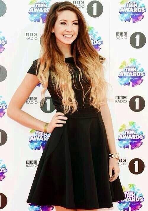 Zoella. SHE IS SO PRETTY