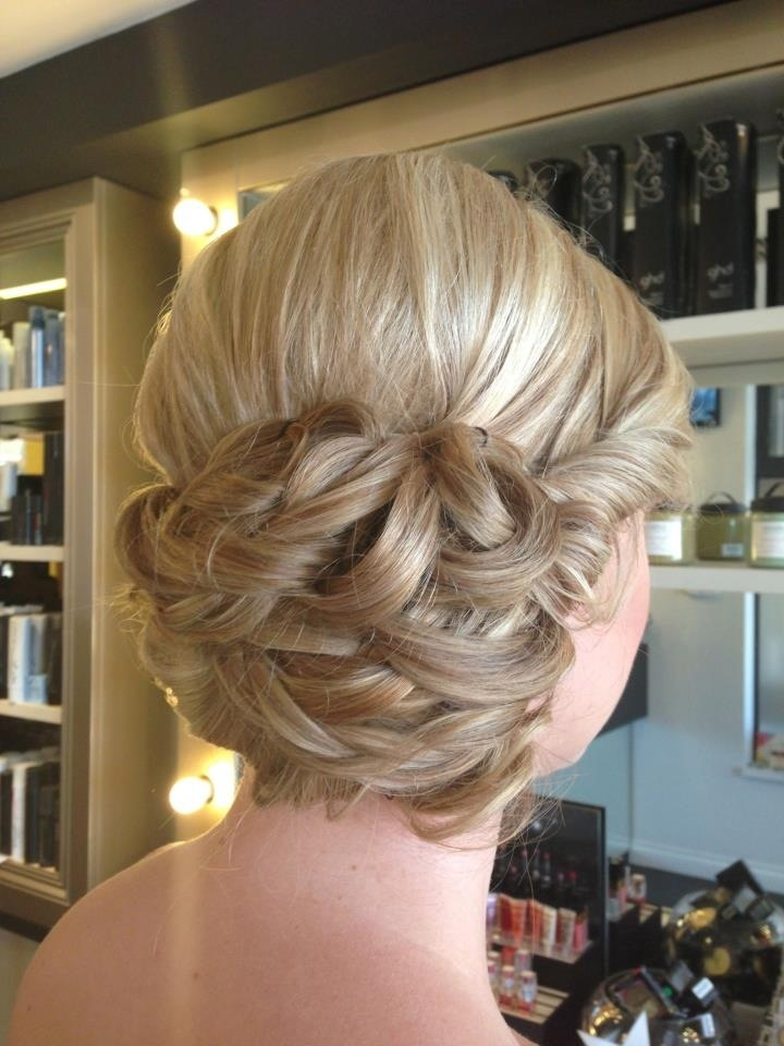 Wedding hair style bridal