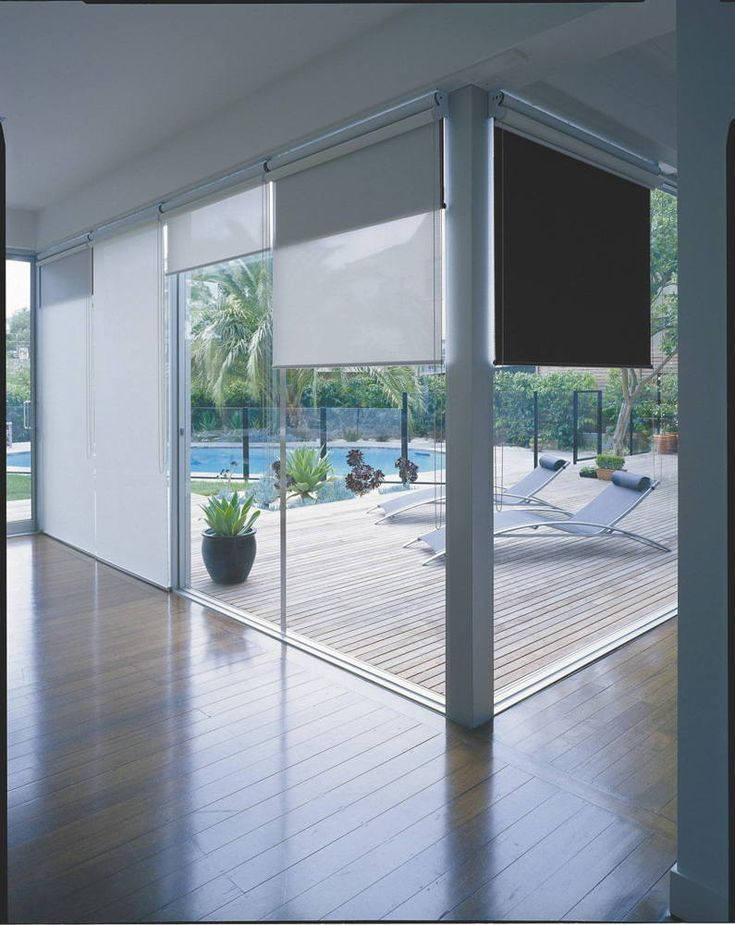 That would be really nice to have an option to let in a little light or none. It never occurred to me to put in a double layer of roller blinds. Maybe we should put this in our house. It would give us some good privacy and more control over the natural lighting in our place. I'll have to talk to my wife about it.