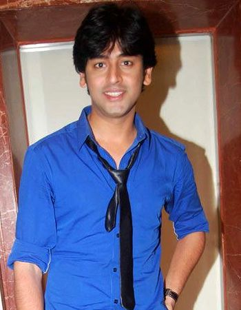 Shashank Vyas says acting satisfies him!