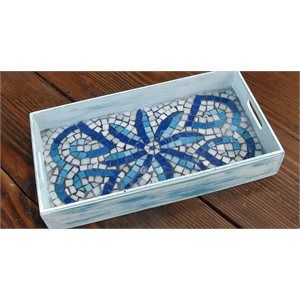 lovely mosaic tray by Casa y Jardin DECO