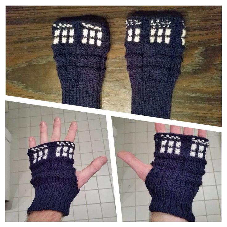 My fingerless TARDIS mittens.
