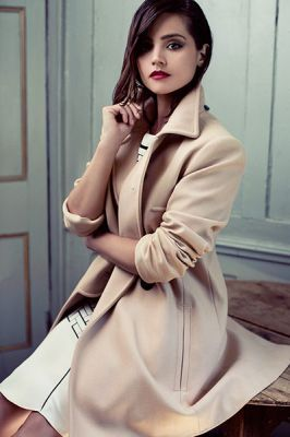 I <3 Jenna-Louise Coleman; I love this off-pink color coat, I love her makeup, I just ... she's so lovely. ----Jenna-Louise Coleman Online // The online home for all the Jenna-Louise Coleman fans