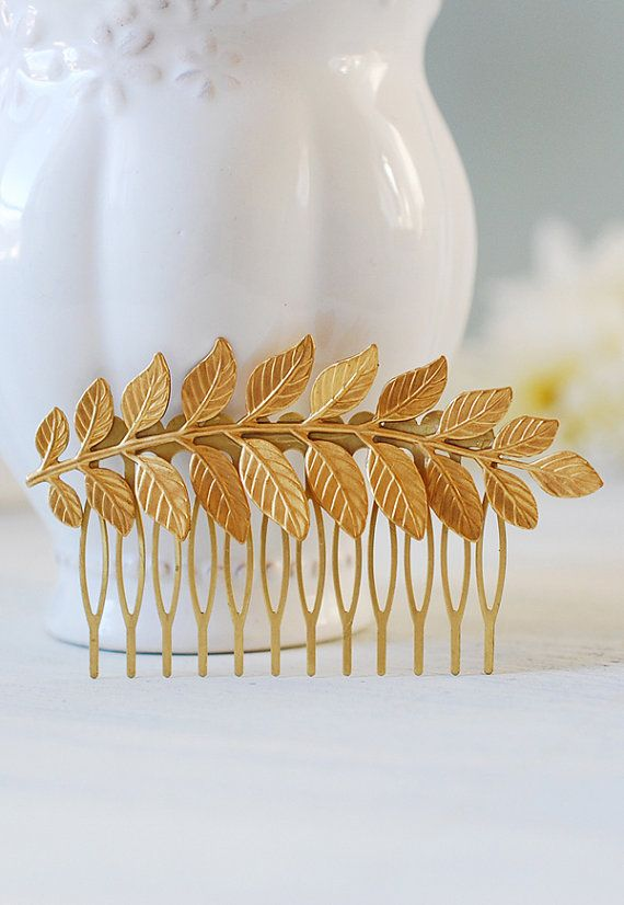 Hey, I found this really awesome Etsy listing at https://www.etsy.com/listing/130961055/gold-leaf-branch-hair-comb-bridal-hair