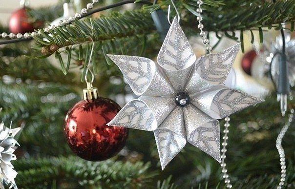 Рождественские украшения из бумаги. Подвески.
