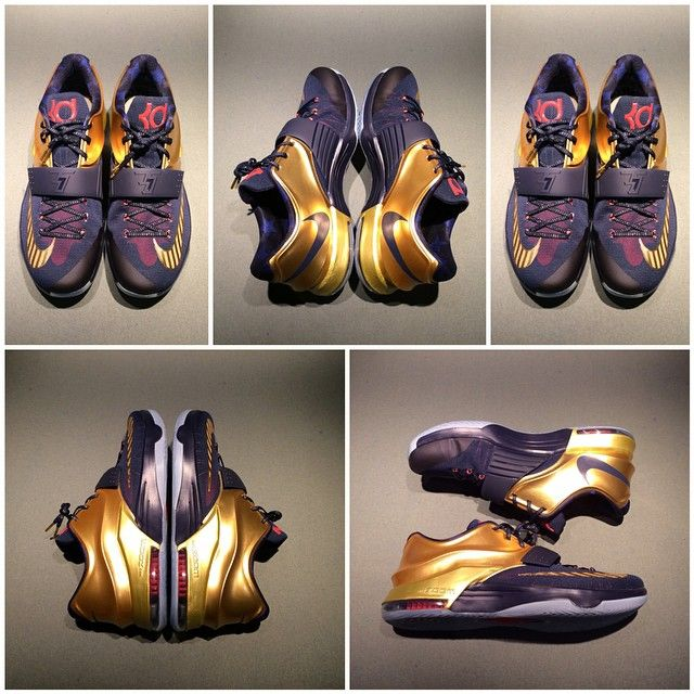 """Here Are Some New Images Of The Nike KD 7 """"Gold Medal"""" -"""