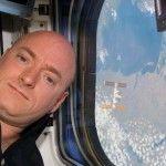 Durant son long séjour dans lespace lastronaute Scott Kelly a grandi de 5 cm !