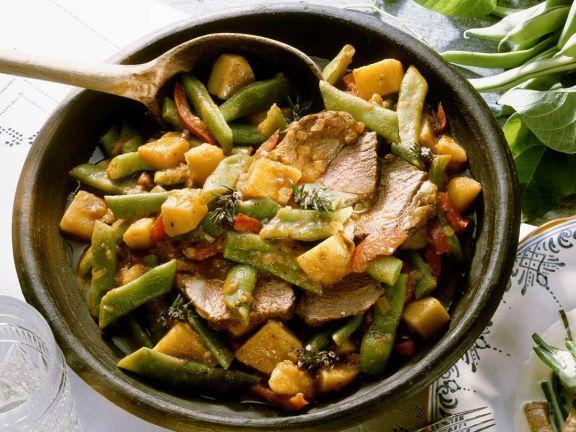 Bohneneintopf ist ein Rezept mit frischen Zutaten aus der Kategorie Eintöpfe. Probieren Sie dieses und weitere Rezepte von EAT SMARTER!