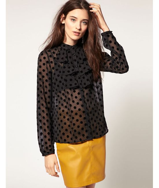 Spring Fashion Trends: Polka Dots Tops, Moda Sheer, Polka Dots Prints, Sheer Tops, Polka Dots Blouses, 2012 Fashion, Sheer Polka, Fashion Trends For, Sheer Blouses
