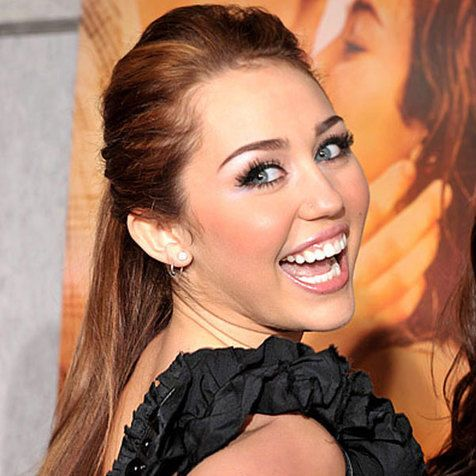 #HairEvolution of Miley cyrus - cute ponytail.
