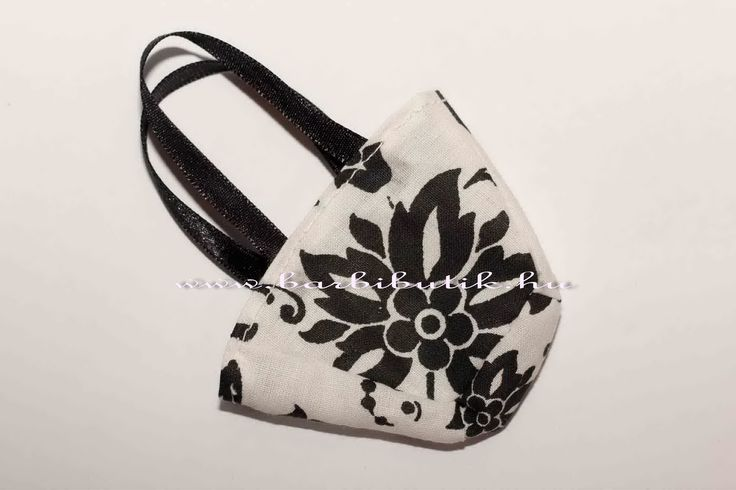 Fekete fehér táska az elkészítését megtalálod a blogon: http://www.barbibutik.hu/barbie-ruha-es-kiegeszito-otletek/trendi-taska-barbienak/ Barbie bag