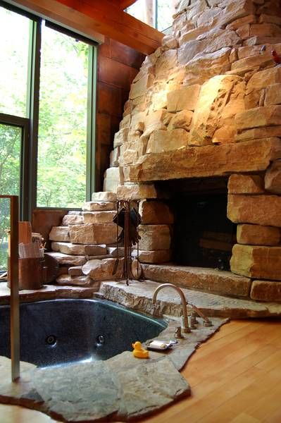 Jacuzzi, fireplace and wine, never thought of this but cooool - for the winter home -  would melt if anywhere else