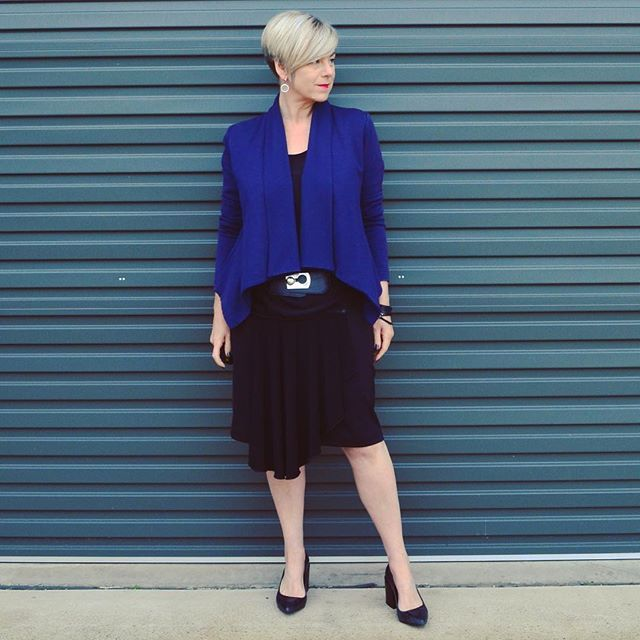 Occasionally work commitments require a more corporate look and I like to play with separates rather than wear a suit.  My @zippy_skirts black skirt with detachable elegance panel (kindly gifted) is perfect for this.  Just add pumps and a jacket and I'm ready to play with the grown ups  #ootd #everydaystyle #realmumstyle #spotmystyle #zippyskirts #metalicusaustralia #mottofashions #wittnershoes #mycloset #mystyle #corporatestyle #40plusstyle #50plusstyle #simplestyle #minimalstyle…