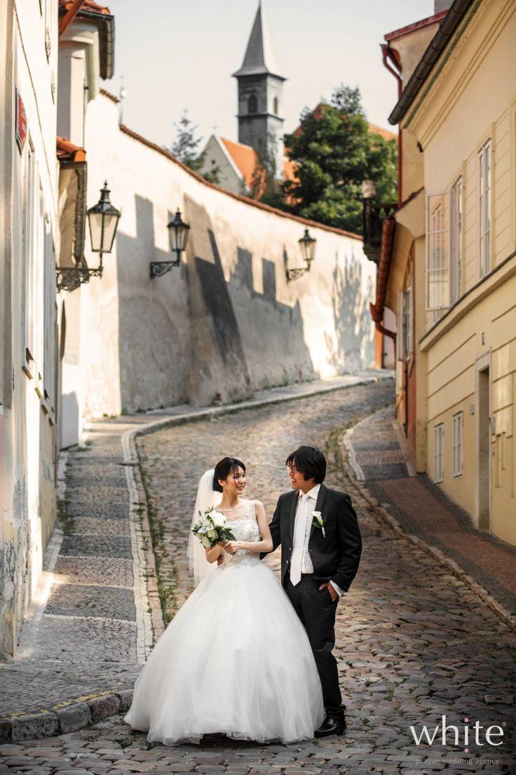 Romantic Prague Photoshoot