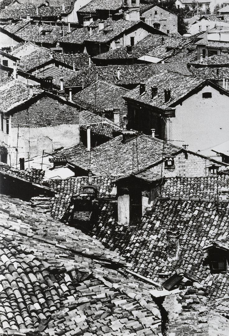 Gabriele Basilico 1944-2013 Tetti, Novi, ca. 1970 http://www.minervaauctions.com/tetti-novi-ca-1970/