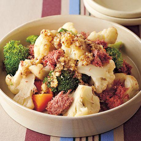 コンビーフとカリフラワーの温サラダ | 伊藤朗子さんのサラダの料理レシピ | プロの簡単料理レシピはレタスクラブニュース