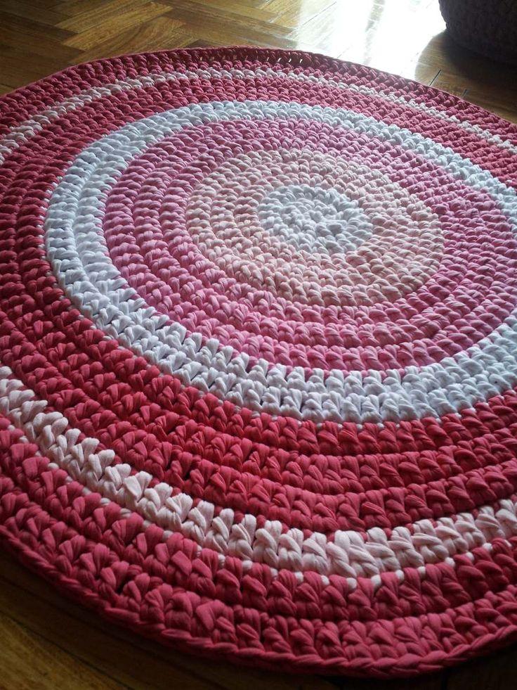Alfombra artesanal tejida crochet con totora 1 metro for Alfombras 3x3 metros