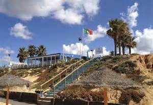 Vale do Garrao beach restaurant