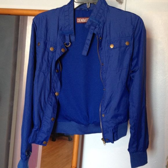 Blue bomber jacket A really comfortable blue bomber jacket with buttons and zippers by Denim Co. In very good condition, worn a few times. Fits like a small/medium. Denim Co. Jackets & Coats Utility Jackets