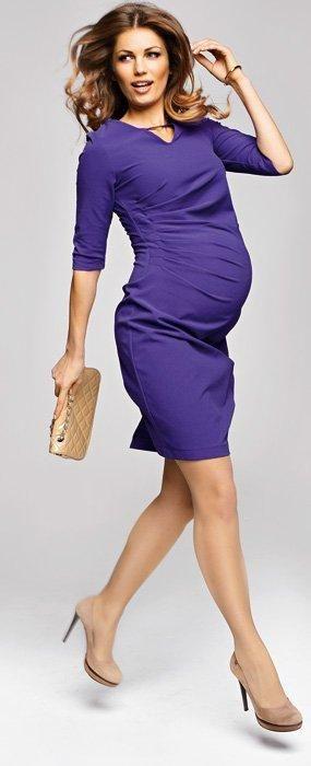 Pentru gravide care vor sa fie ultra sexy, rochia Orina este ideala. Are o culoare electrizanta, un model perfect pentru o burtica in continua crestere (chiar recomandat pentru o graviduta cu burtica de peste 20 saptamani), care te va face sa te simti superba.