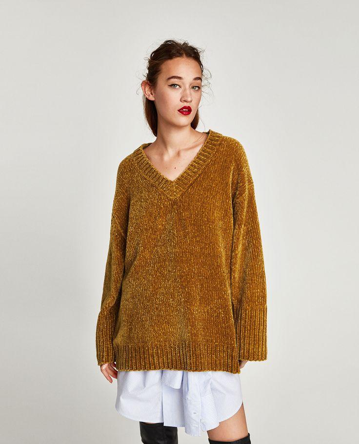 Camisola chenille (mostarda): ZARA (25,95€) ✓