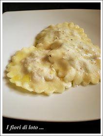 """Quando ho un po' di tempo libero mi piace molto preparare la pasta fatta in casa, mi rilassa tantissimo mettere le """"mani in pasta"""", e poi è..."""