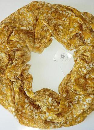 Нежный весенне-летний шарф хомут, снуд актуального цвета спелой горчицы из германии. (C
