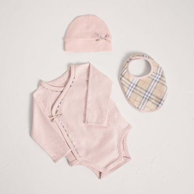 Check Cotton Three-piece Baby Gift Set in Powder Pink - Girl | Burberry United States