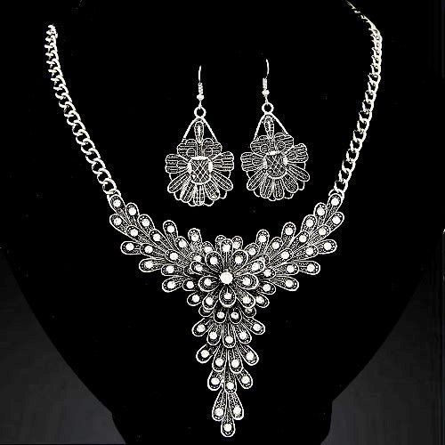 Rhinestone decorated Jewellery Set #alloy #cocktail #dress #evening #fashion #metal #on-sale #other #rhinestone #sale #silver . Reduced to $5.00