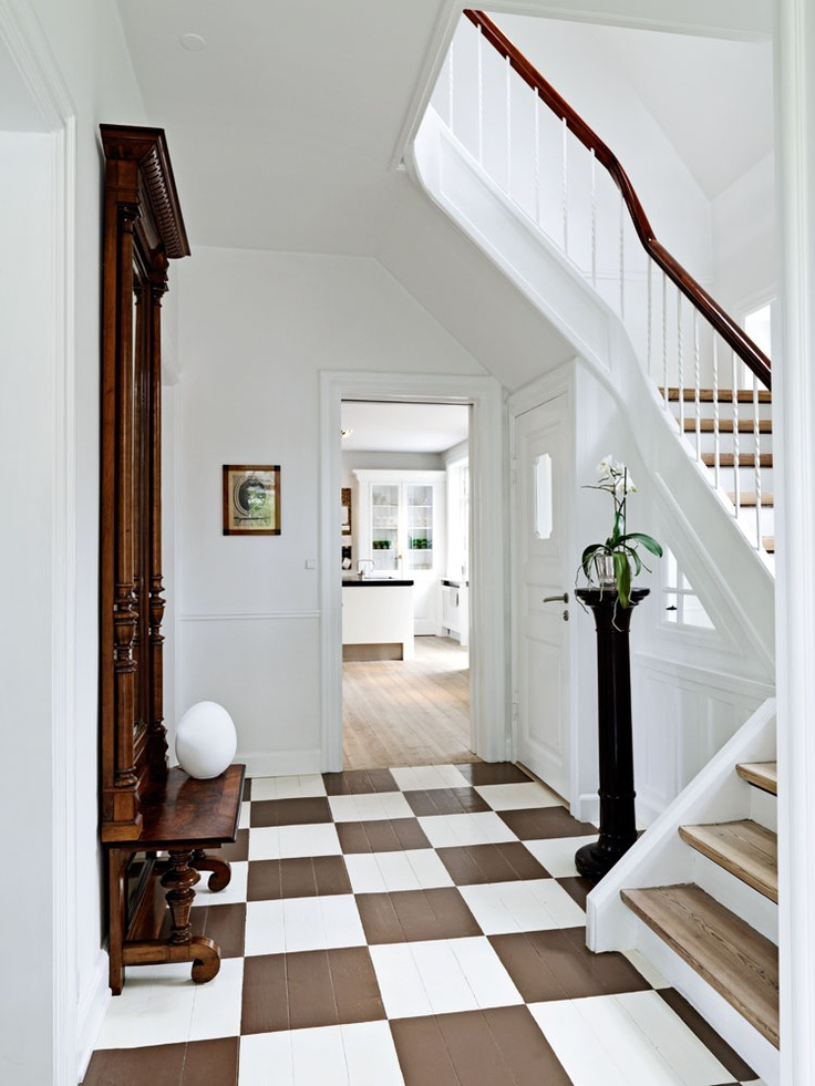 Checkered And Painted Floor Brown And White Pinterest
