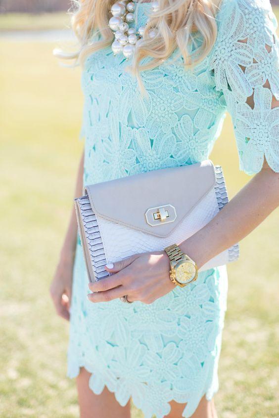 vestido azul claro