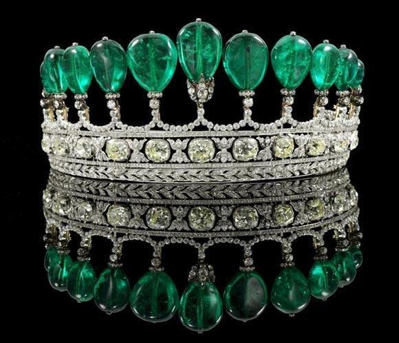 Tiara de esmeraldas colombianas y diamantes perteneciente a la colección privada de la condesa de Romanones, Alice Griffith (Nueva York, 1923)