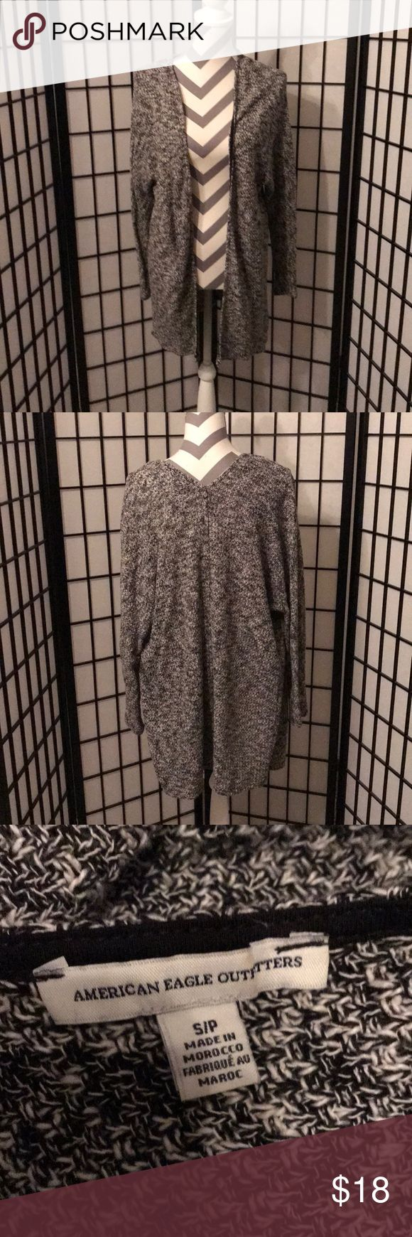 American Eagle Outfitters Sweater American Eagle Outfitters Sweater  Perfect condition Sz S American Eagle Outfitters Sweaters Shrugs & Ponchos #americaneagleoutfitters
