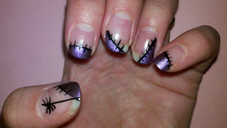DIY toe nails Halloween purple paint with black spiders ...