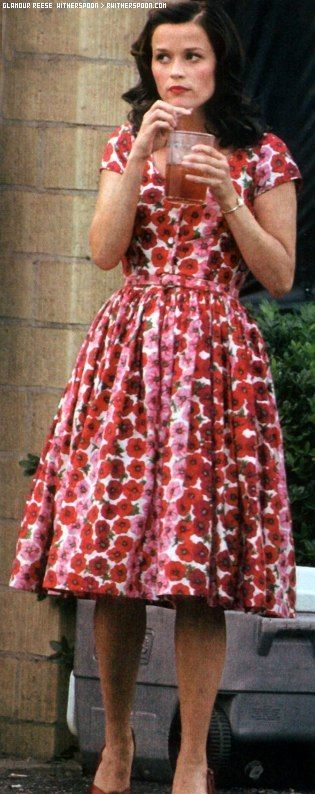 Reese as June Carter. Love this dress, especially the fabric.